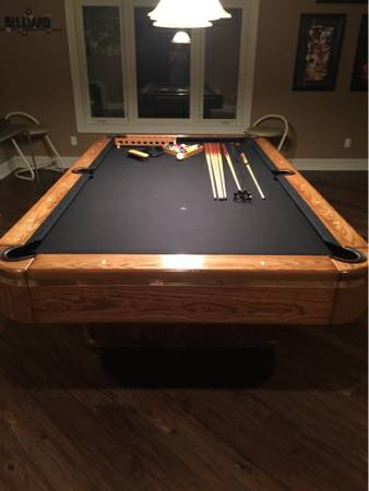 The Felt Was Replaced Only To Change The Color Approx 5 6 Years Ago (black  Felt) All Accessories Shown On The Table In The Pictures Are Included