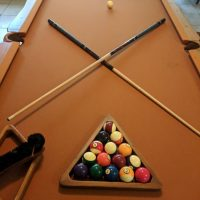 8' Olhausen Ponderosa Rustic pool Table