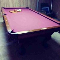 Red Felt Pool Table in Excellent Condition.