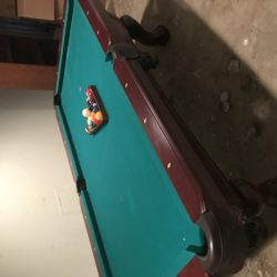 7 foot Stratford pool table