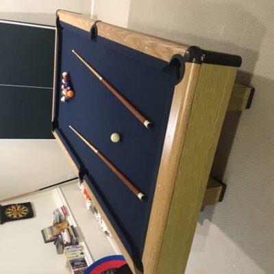 Free pool table