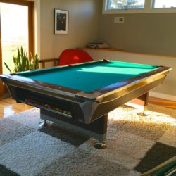 Full size Fischer pool table - Excellent condition.